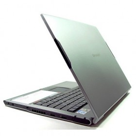 Sharp PC-Laptop UM32