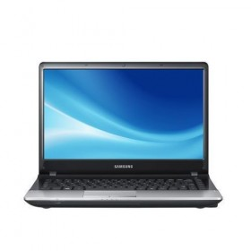SAMSUNG NP300E4ZI Notebook