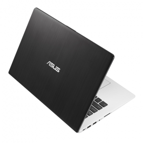 AsusのVivoBook S300CAノートブック