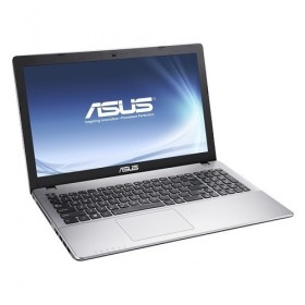 ASUS A550JKノートPC