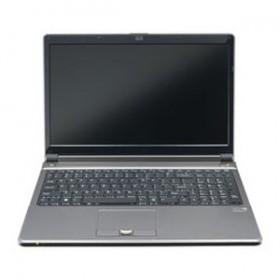 CLEVO W355SDQ Laptop